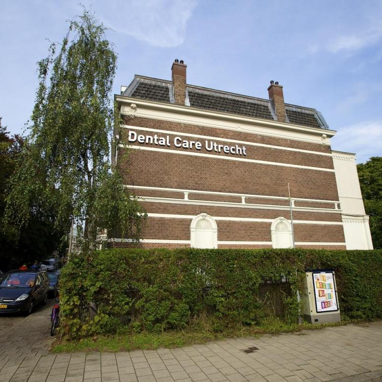 Dental Care Utrecht WB